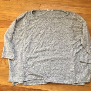 Gap grey top